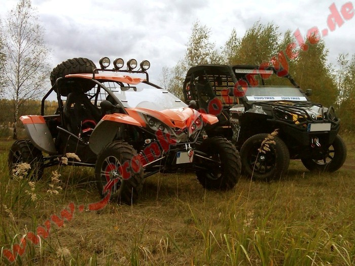 Test UTV Side By Side Buggy Fight Wolf vs CanAm Commander